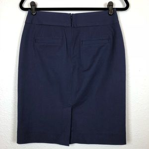 Banana Republic Skirts - Banana Republic Sloan navy blue pencil skirt 4p